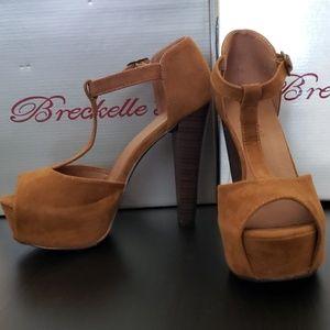 Breckelle's Platform Heels